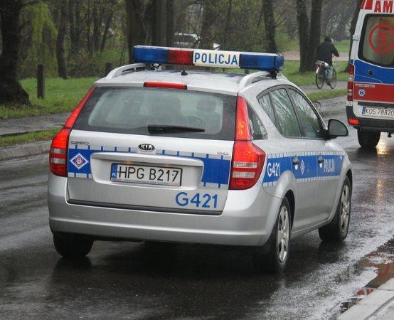 Policja Będzin: Odpowie za kradzież rozbójniczą w będzińskim markecie